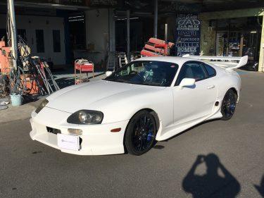 トヨタ スープラ エアロパーツ修理