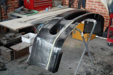 フロントエアロバンパー修理