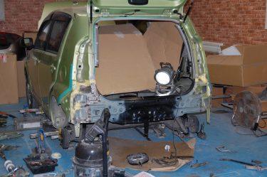 トヨタ:パッソ 後部損傷 歪み修正