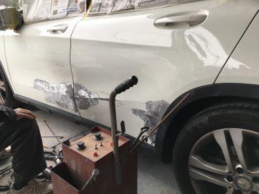 メルセデスベンツ:GLA 左側面損傷 板金修理