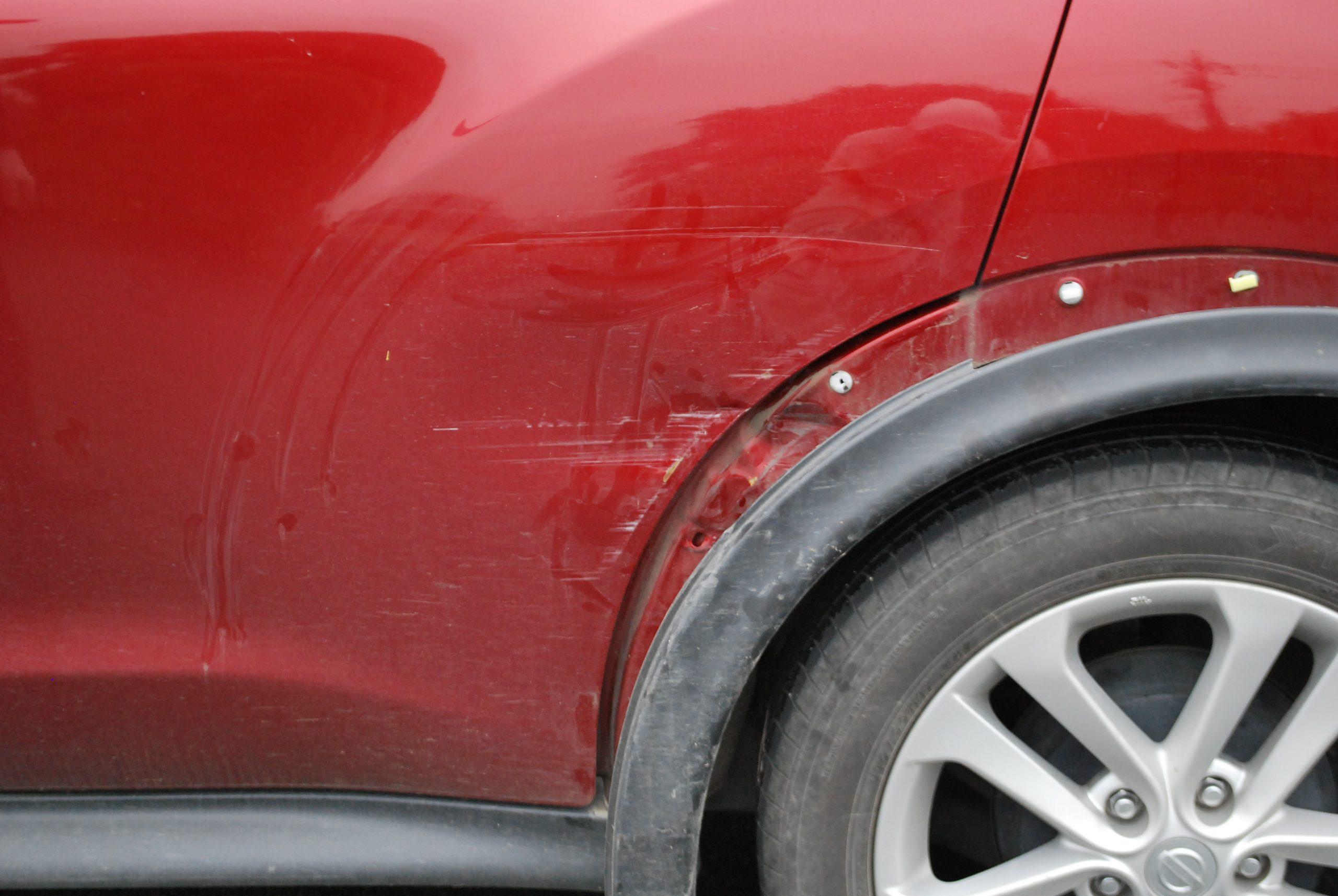 ジューク 左側面損傷板金修理