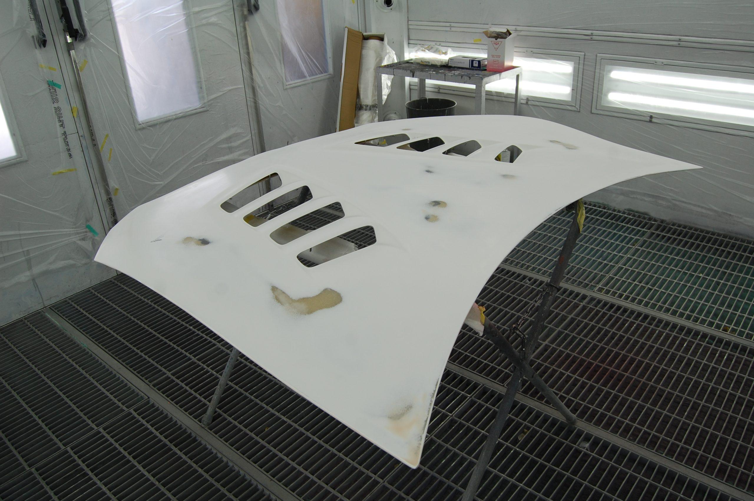 トヨタ 86 社外ダクトボンネット塗装